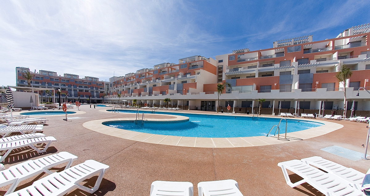 Dovolen a z jezdy ck fischer - Apartamentos marina rey vera booking ...