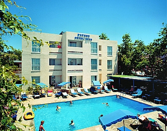 Daphne Hotel & Apartments