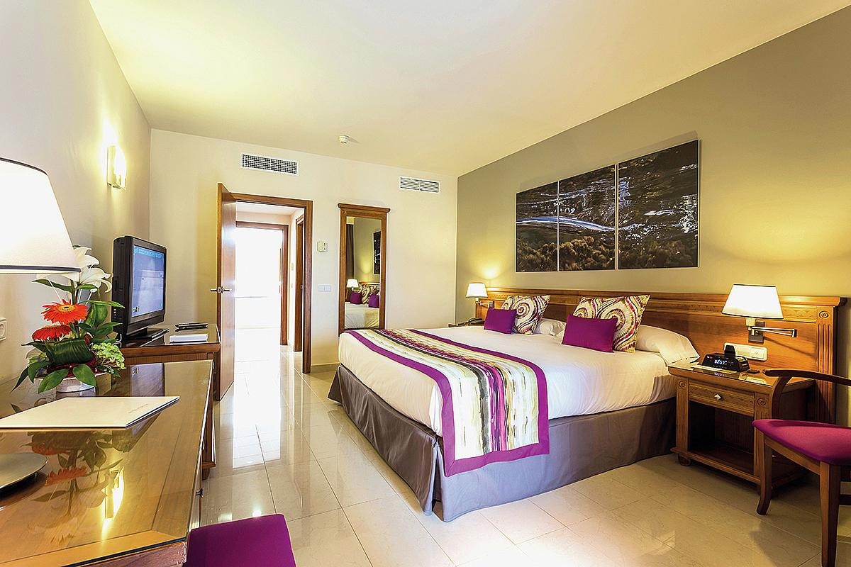 Grand palladium palace ibiza resort spa pan lsko ck for Hotel spa 13