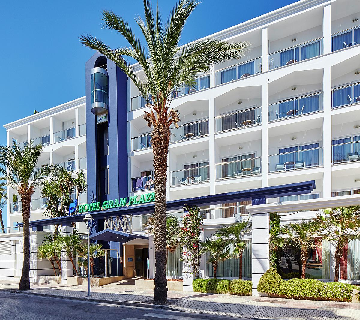 C an picafort dovolen 2017 ck fischer for Hotel ciudad jardin
