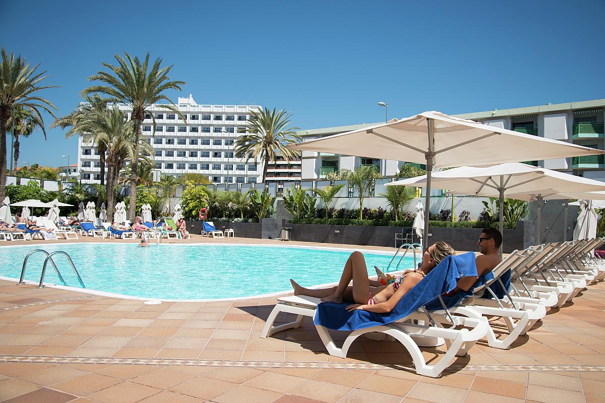 single frauen gran canaria Find cheap holidays to gran canaria at travelsupermarket we compare prices to find gran canaria holiday offers, so save money by booking now.