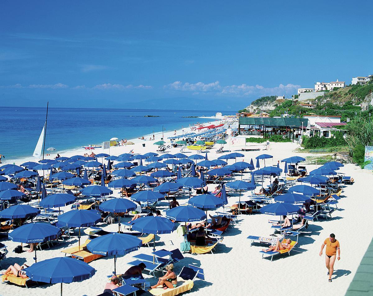 Selling hotels in Tropea