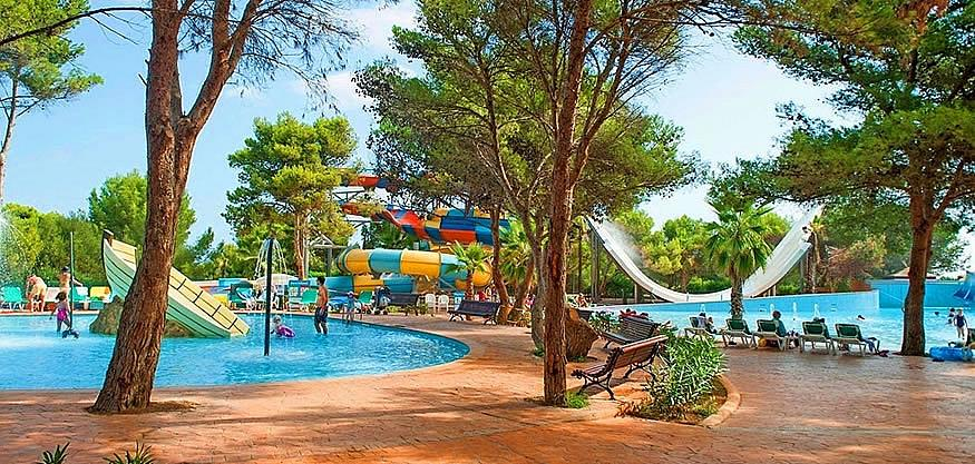 Arenal d en castell dovolen 2017 ck fischer - Parque acuatico menorca ...